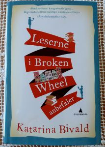 Leserne i Broken